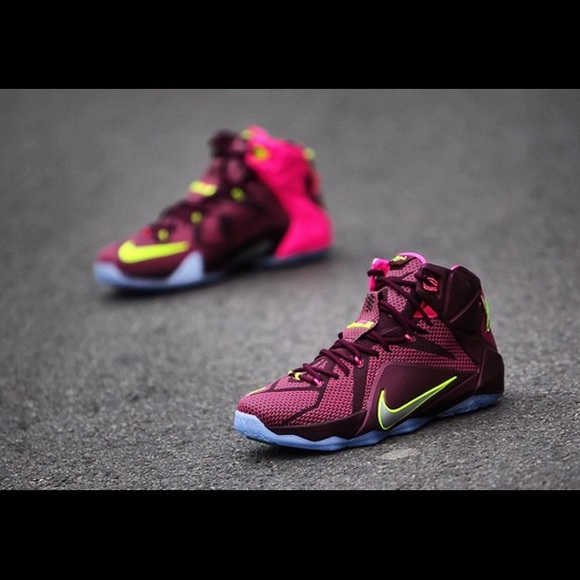 big sale 2a509 434f8 Nike Lebron 12 double helix